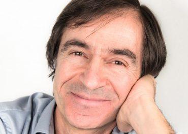 Portrait de Philippe Chamouard compositeur du cycle Nuit Bleue Concert à Gargenville